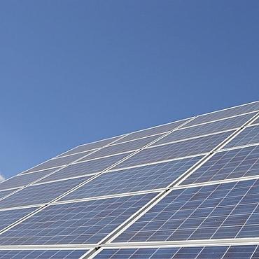 El sector fotovoltaico, esperanzado con el cambio en la política energética del nuevo Gobierno.